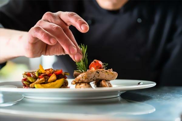 restaurant dressage assiette